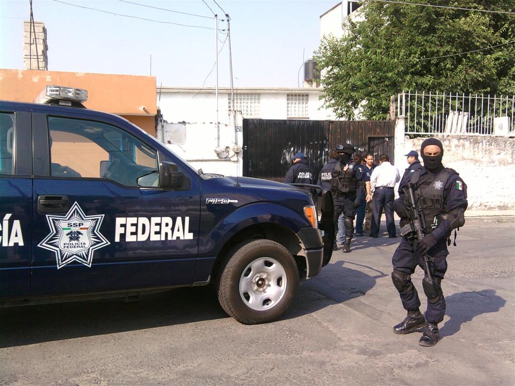 AGENTES DE LA POLICIA FEDERAL